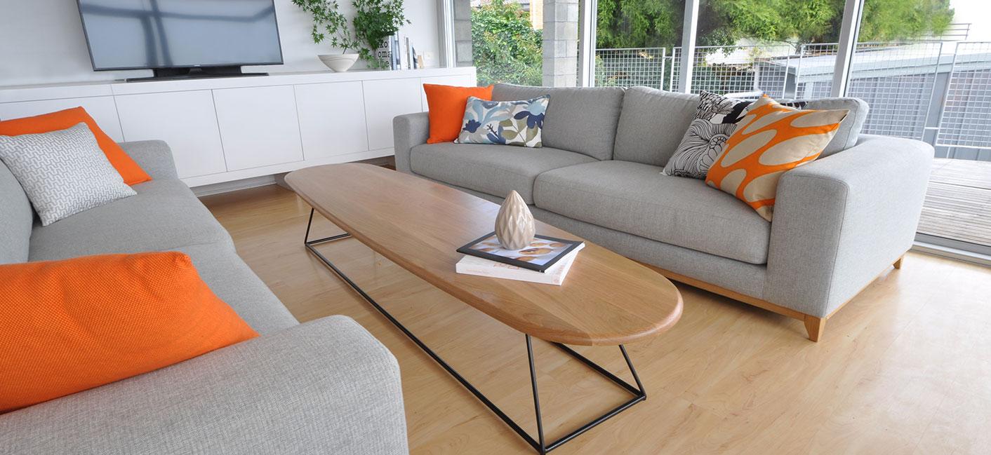Sandy-Bay-lounge-room_1